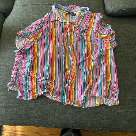 Forever 21 button up crop top